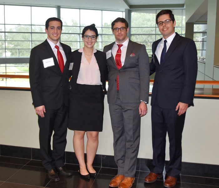 UF MBA team of Christina Dupre, Gabriel Gomes, Jesse Moon and Randy Perez won the Florida Intercollegiate Case Competition