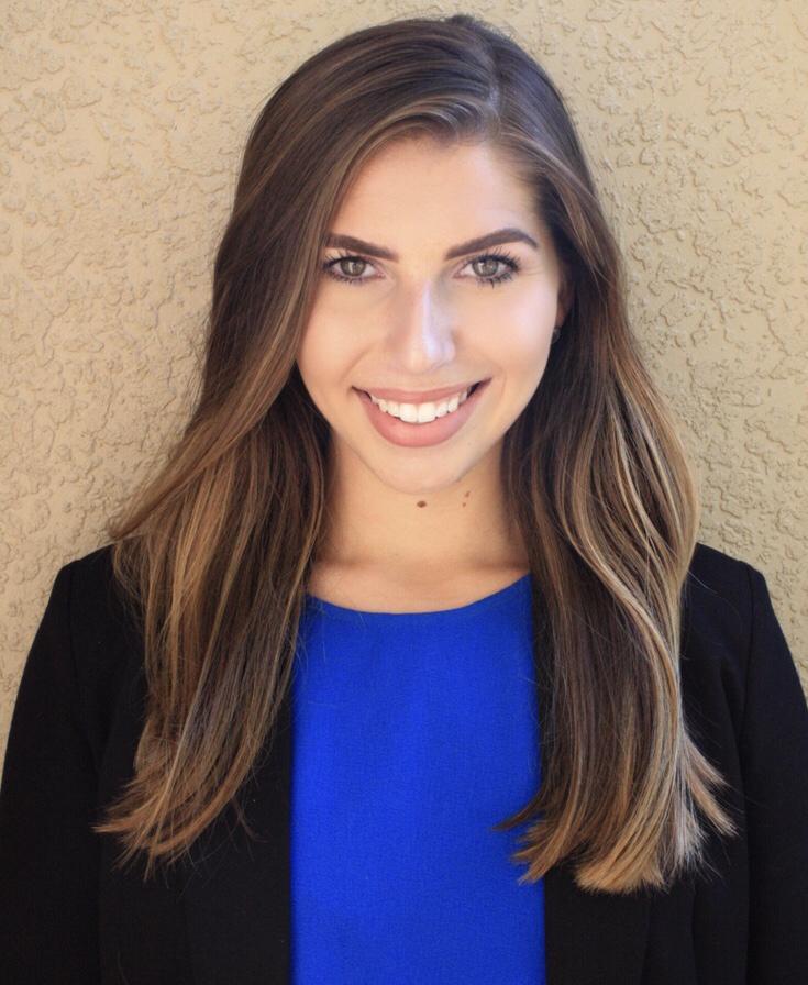 Nicole Fernandez Valle