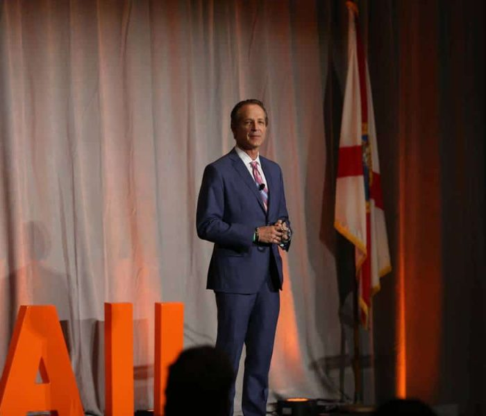 Steve Knopik speaks at Retail Smarter