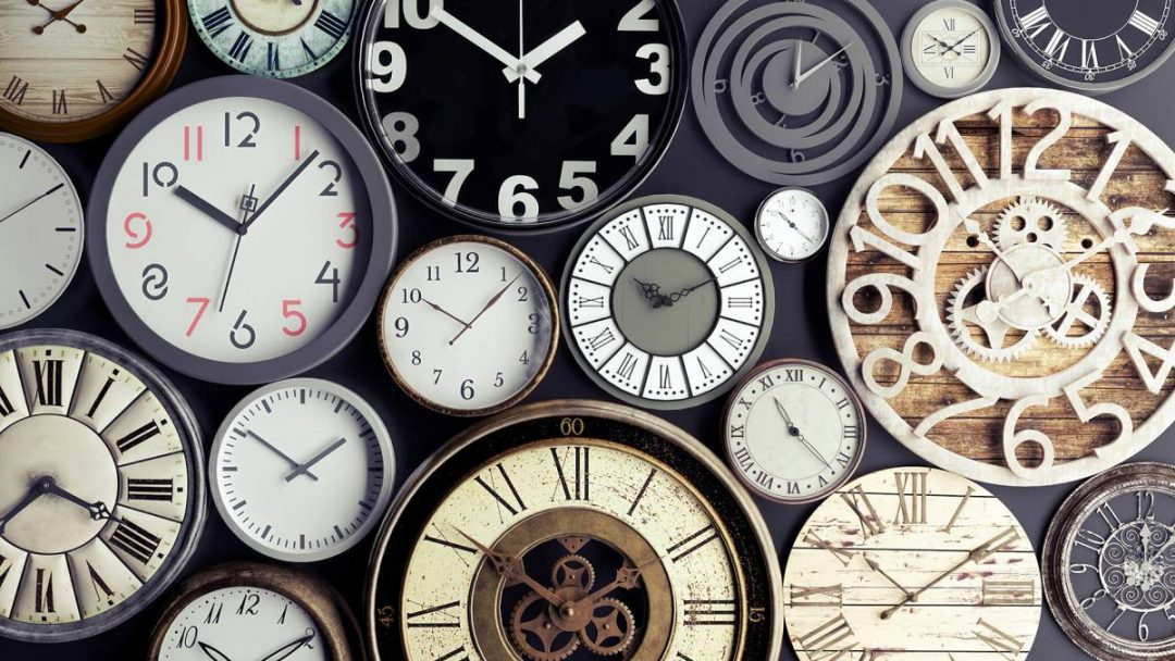 Time concept, bunch of watches 3d render 3d illustration